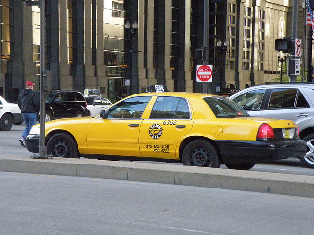 Getting Around Chicago by Taxi