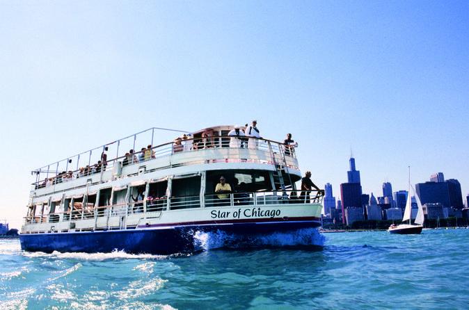 Lake Michigan Sightseeing Cruise in Chicago