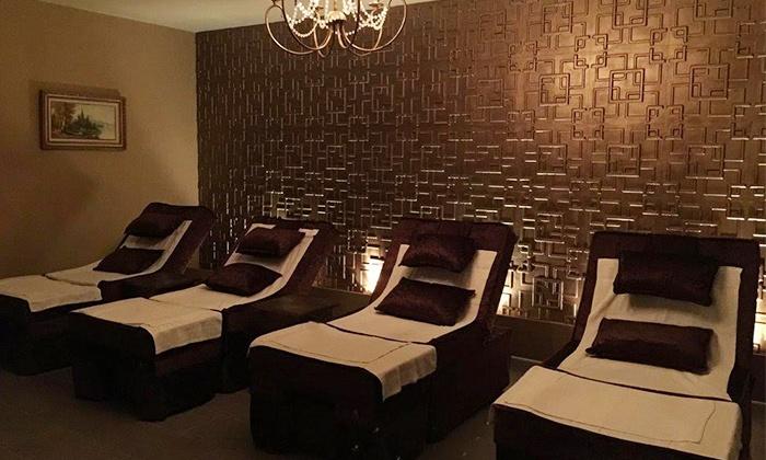 Versailles Massage & Bar Grill