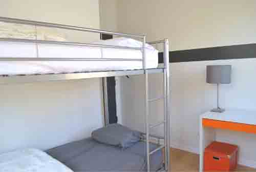 Oak 112 Hostel