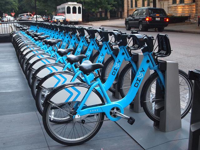 Getting Around Chicago on Bike