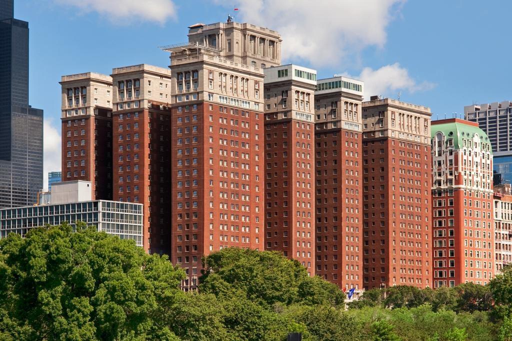 Family Friendly Hotels Near Millennium Park