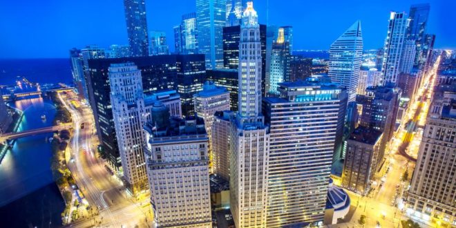 Chicago Hotel with View Photo Courtesy - Wyndham Grand Chicago Riverfront wtih City View