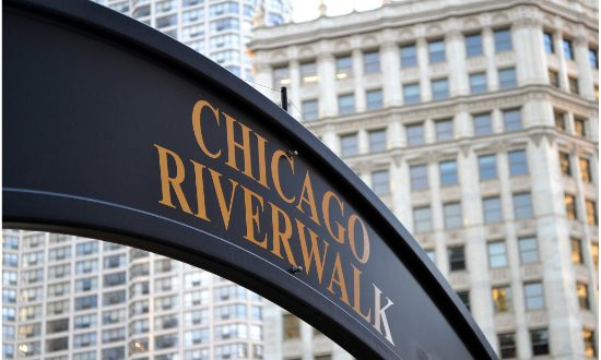 How to Spend a Day on the Chicago Riverwalk